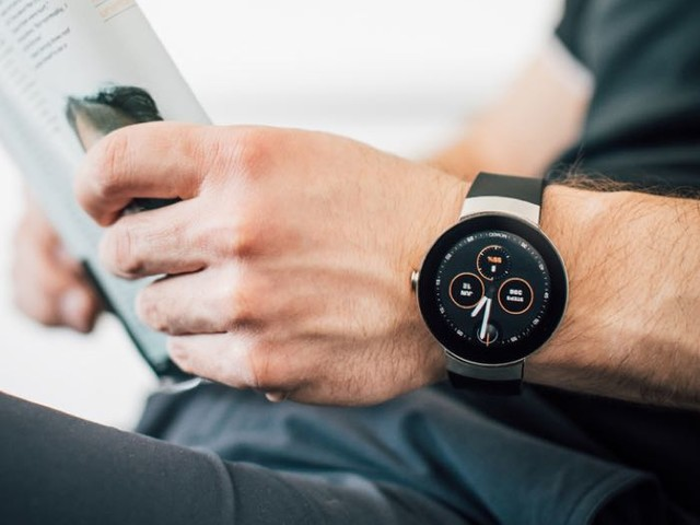 Movado Connect Android Wear Smartwatch Launched In The US (Video)