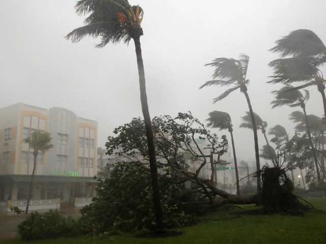 Hurricane Irma Hits Florida As Storm Makes Landfall In US