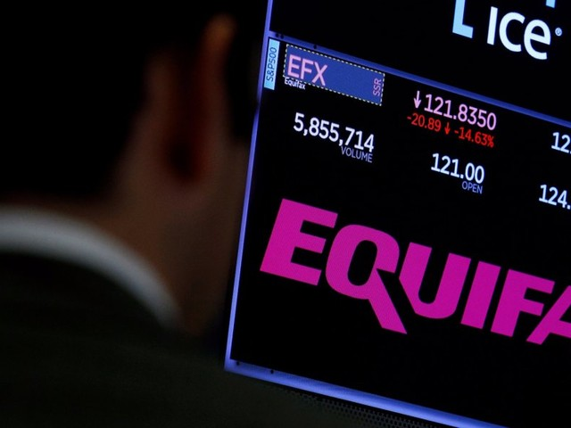 The Feds are looking into some suspicious Equifax trades (EFX)