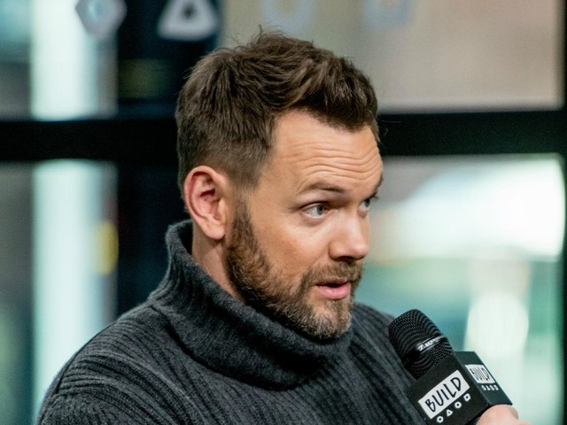 Joel McHale Says The Soup Stopped Making Kardashian Jokes After Kris Jenner Complained