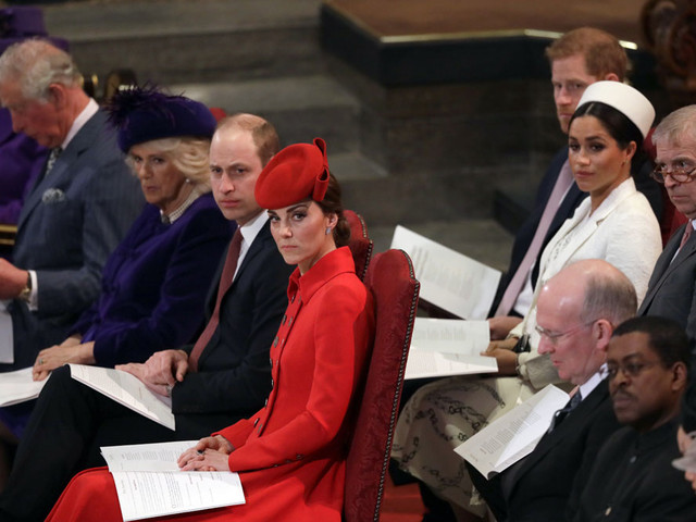 'Gossip with Celebitchy' podcast #18: Royal reporters saltier about Meghan; We're hiring
