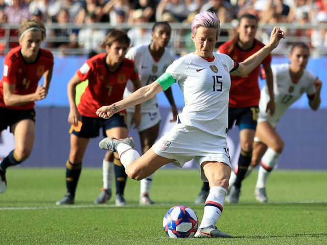 Women's World Cup: United States expect a 'crazy' clash against France in Paris