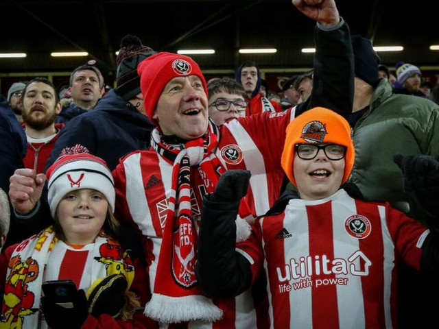 United weighing up four main options over season ticket refunds