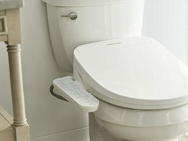 This easy-to-install bidet seat is is fully customizable and has an eco-friendly power-saving mode