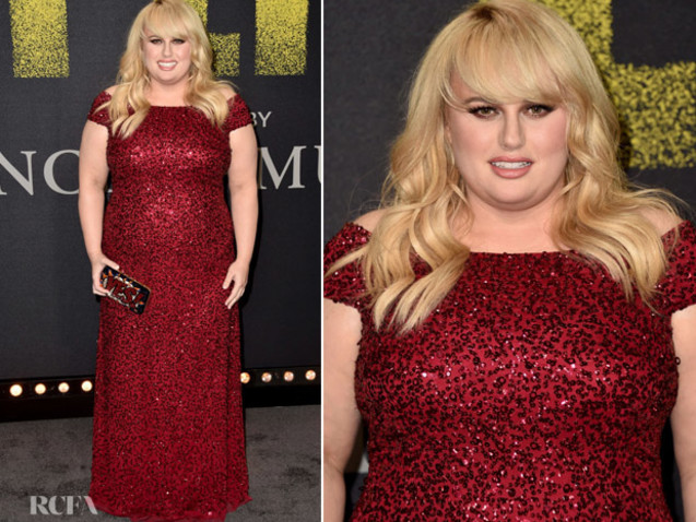 Rebel Wilson In Adrianna Papell – 'Pitch Perfect 3' LA Premiere