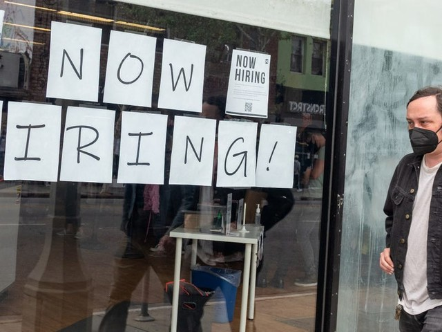 23 Republican governors are refusing to extend pandemic unemployment benefits. An economist explains why that's terrible for the economy.