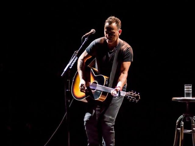Bruce Springsteen extends Broadway run through June
