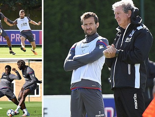 Roy Hodgson takes Crystal Palace training for first time