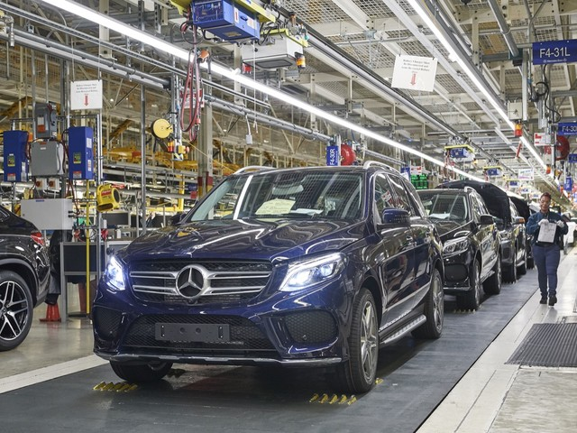 Mercedes-Benz Spending $1 Billion to Build All-electric SUVs in, Where Else, Alabama