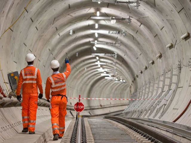 MPs warn Crossrail delay costs 'are likely to continue to climb'