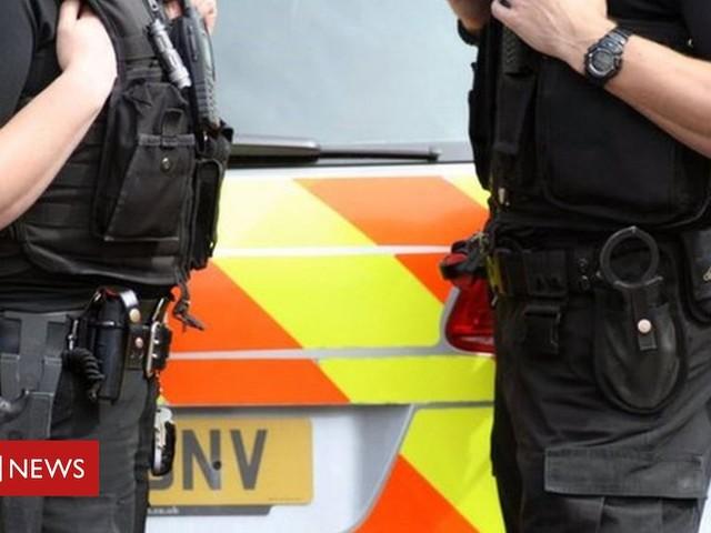 Naloxone: Police to carry emergency drug overdose spray