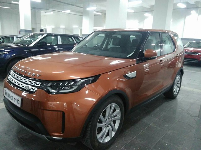 2017 Land Rover Discovery demo vehicle spotted in India, launch in October