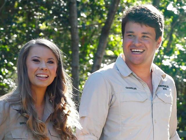 Bindi Irwin Celebrates 21st Birthday with Boyfriend Chandler Powell at Australia Zoo!