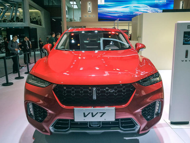 China's biggest car maker targets global launch