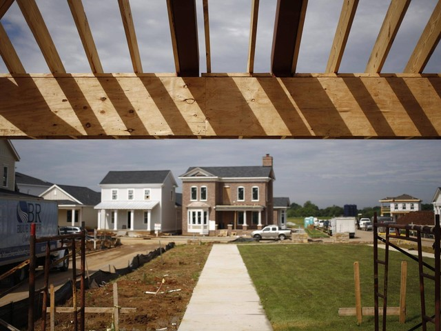 U.S. housing starts hit one-year high as South recovers from hurricanes