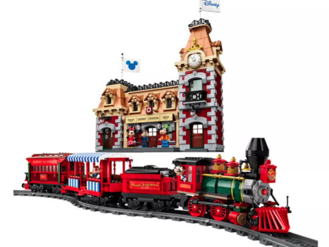 All Aboard! New Disney Train and Railroad Station Lego Kit is Arriving!