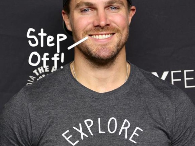 ICYMI: Arrow's Stephen Amell SAVAGELY Claps Back At Internet Body Shamers!