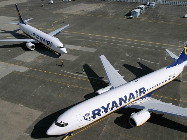 Ryanair backs down on pilot union recognition as industrial action looms