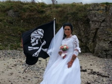 Irish woman who married ghost of 300-year-old pirate says they have split up