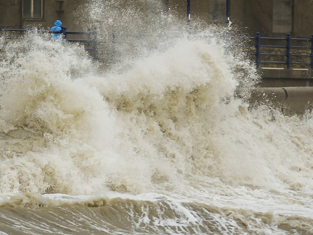 Storm Brian To Drop 70mph Gale 'Weather Bomb' On UK This Weekend