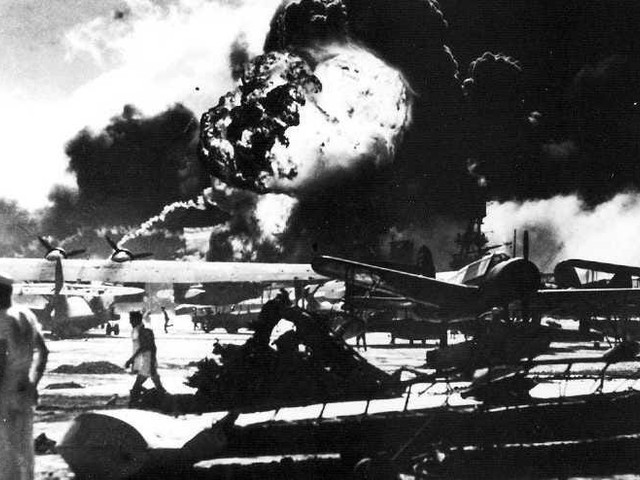 19 unforgettable images from the Pearl Harbor attack 78 years ago