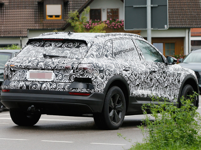 Electric Audi E-tron SUV to race Jaguar I-Pace to market
