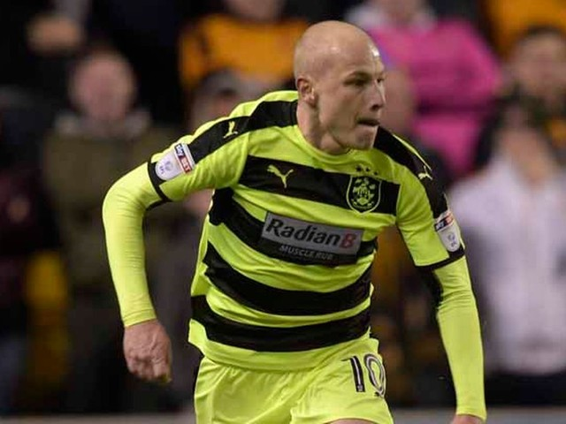 Aaron Mooy solely focusing on Huddersfield Town's Play-Off push – not his future