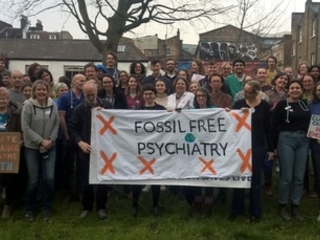 Divestment: Psychiatrists and Jesuits become latest bodies to ditch fossil fuel investments