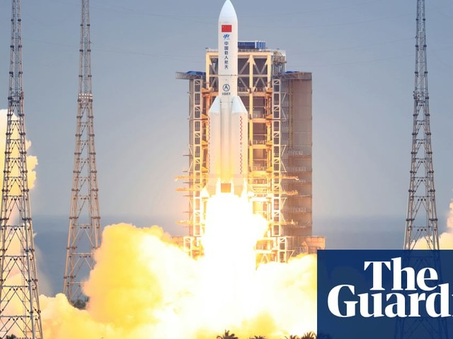 'Out-of-control' Chinese rocket falling to Earth could partially survive re-entry