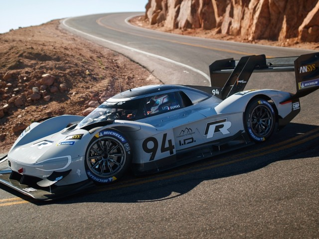 VW I.D. R Pikes Peak nabs the fastest time in qualifying round