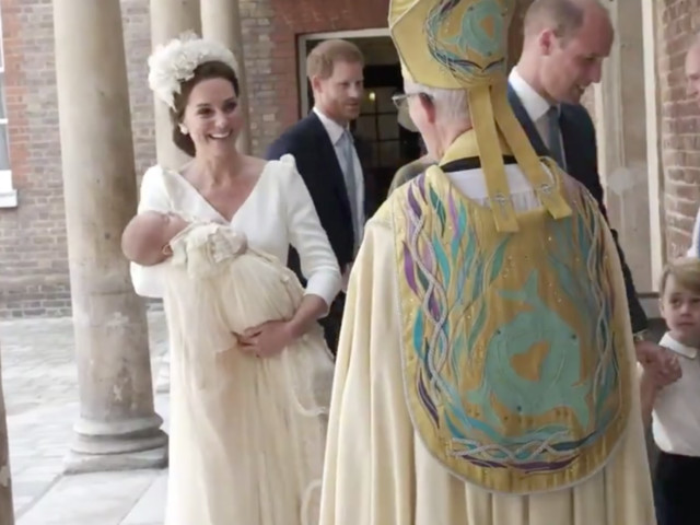 Prince Louis Christening Outfits What Kate Middleton And Meghan