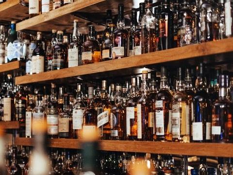 The Best Irish Whiskeys For Under $50