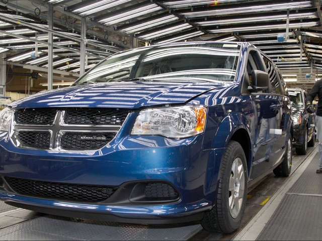 Union Says Fiat Chrysler Ready to Pony Up for a New Product at Windsor Assembly