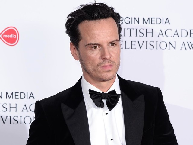 Fleabag Hot Priest Andrew Scott Joins His Dark Materials