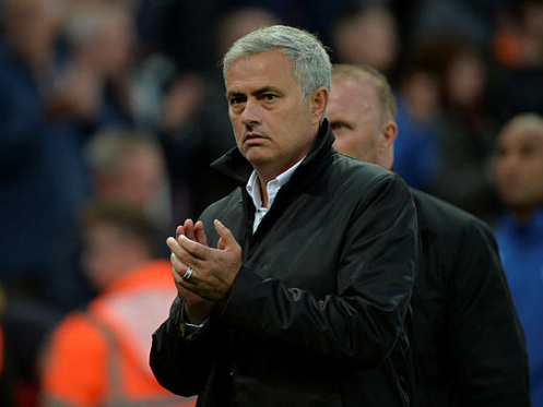 Man Utd face test of title credentials at Liverpool