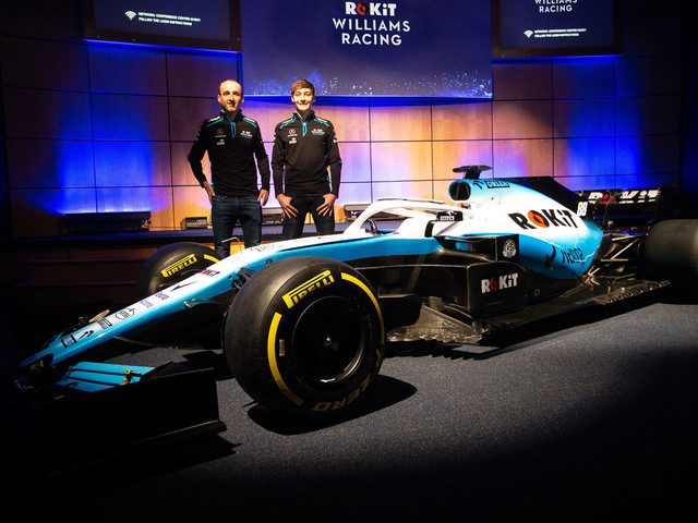 Williams F1 Hit Early Trouble Ahead of Testing