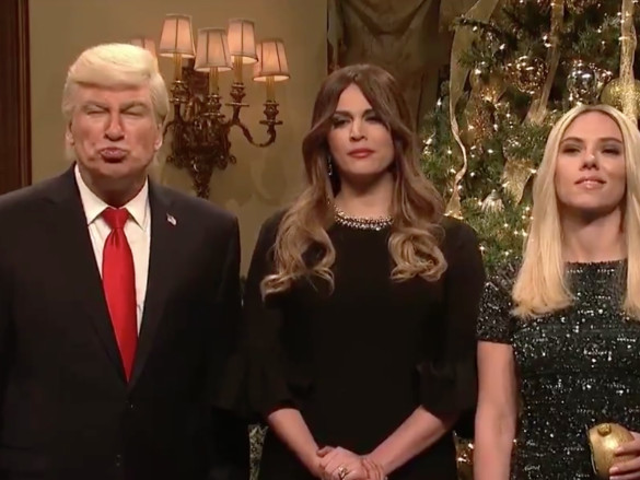 'SNL' has a Christmas message from Baldwin's Trump