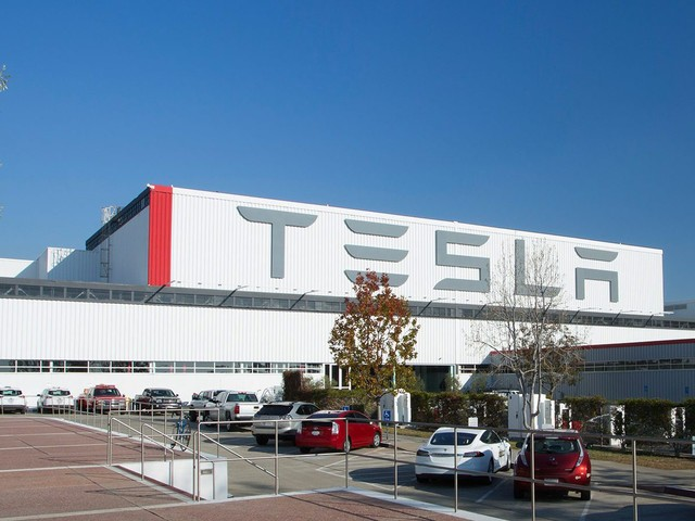 Labor Relations Board Files Worker Rights Complaint Against Tesla; Musk Fires Back