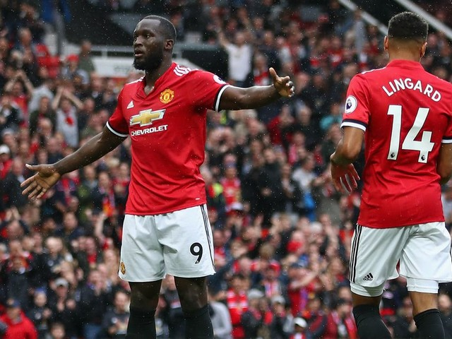 What channel is Manchester United vs Tottenham? Kick off time, team news and more ahead of Premier League title showdown