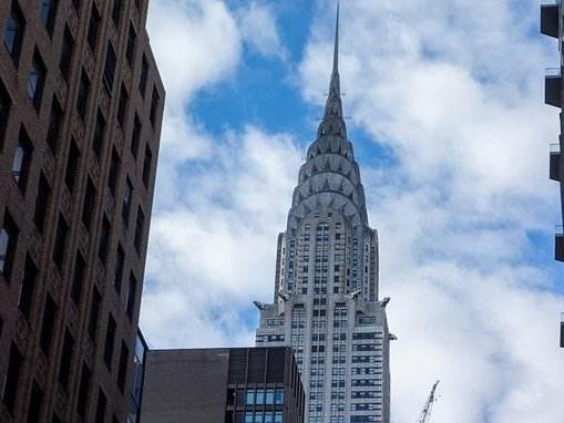 New York's iconic Chrysler Building sells for $150 million
