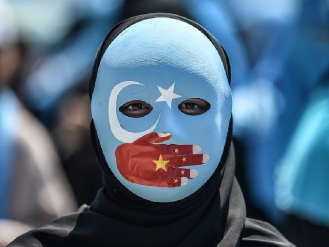 People in China are bypassing its internet firewall to read explosive leaked files about Uighur oppression, and saluting an official who disobeyed Xi Jinping