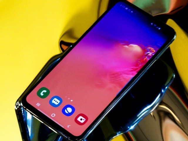 'Why won't my Samsung Galaxy S10 charge?': 7 ways to fix your Galaxy S10 if it isn't charging properly