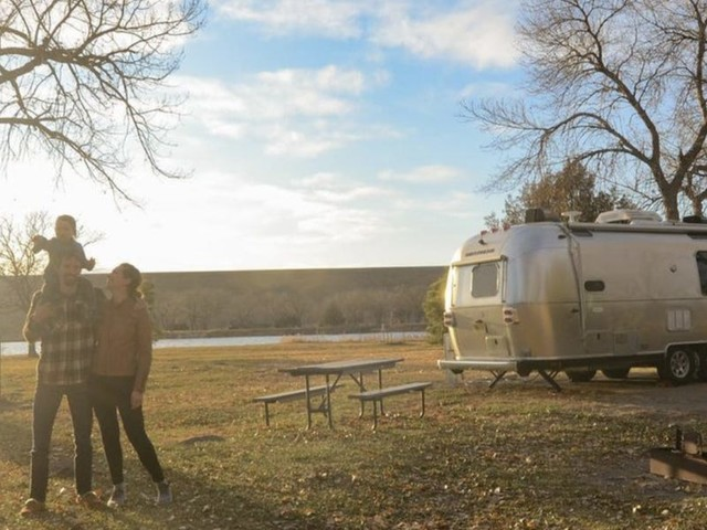A millennial couple breaks down how they ditched desk jobs to live and work in an RV while touring national parks for a year