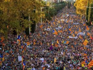 Separatists rally in Barcelona for release of prisoners