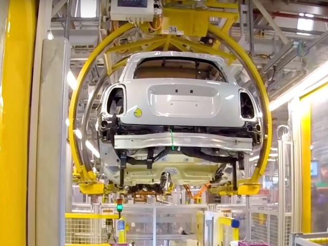 Video: Here's a Glimpse at the MINI Electric Production Line