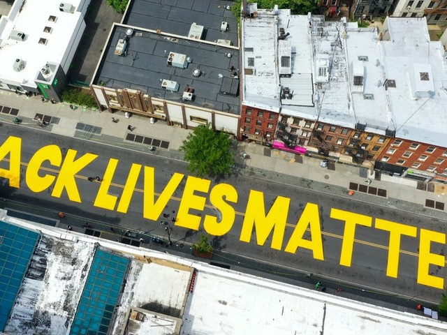 GoFundMe froze $350,000 in contributions after Black Lives Matter supporters mistakenly donated to a group with the same name but a vastly different mission (AAPL, GOOG, GOOGL, MSFT)