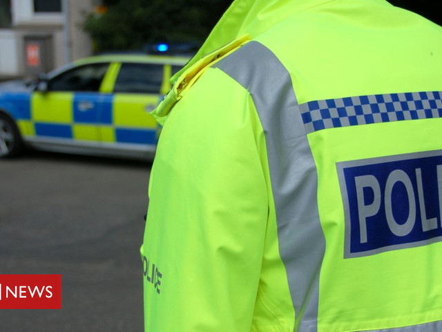 Two men killed in M9 car crash near Plean
