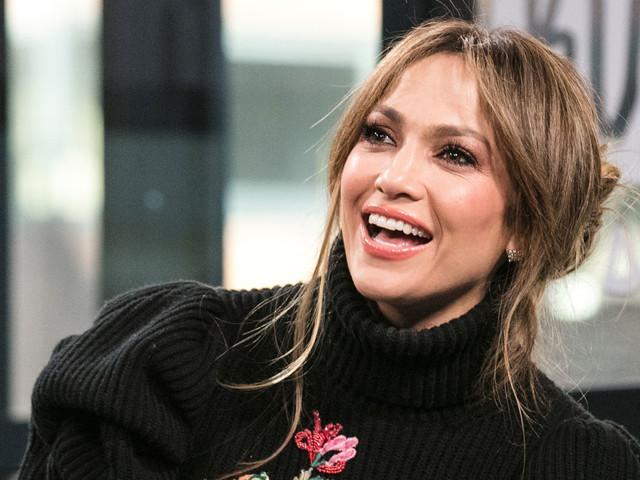 Jennifer Lopez Reveals Her Favorite On-Screen Kiss!