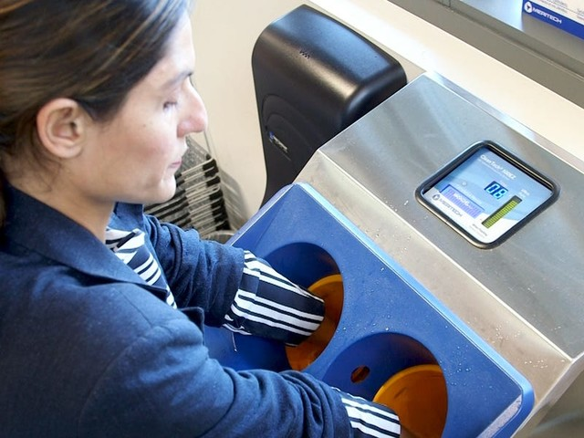 Supermarkets are paying thousands of dollars for this touch-free handwashing machine that kills 99.9% of germs in 12 seconds