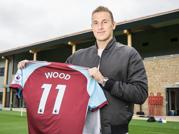 Official: Burnley Mulch Transfer Record To Bring In Bulky Target Man Chris Wood From Leeds (Photo)